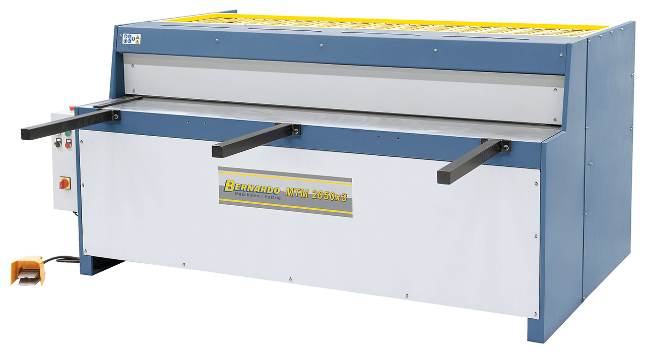 Gilotyna, nożyce gilotynowe mechaniczne MTM 2050 x 3 (sterowanie ręczne) BERNARDO