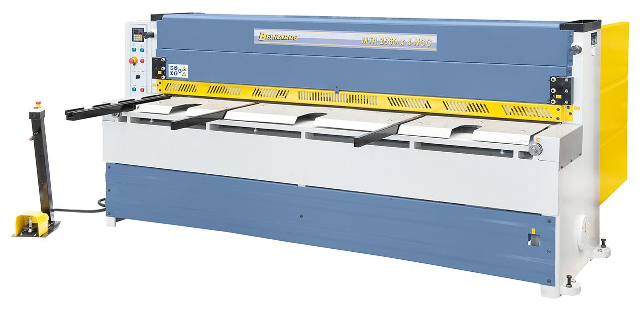 Gilotyna, nożyce gilotynowe mechaniczne MTA 2560 x 4 NCC * BERNARDO