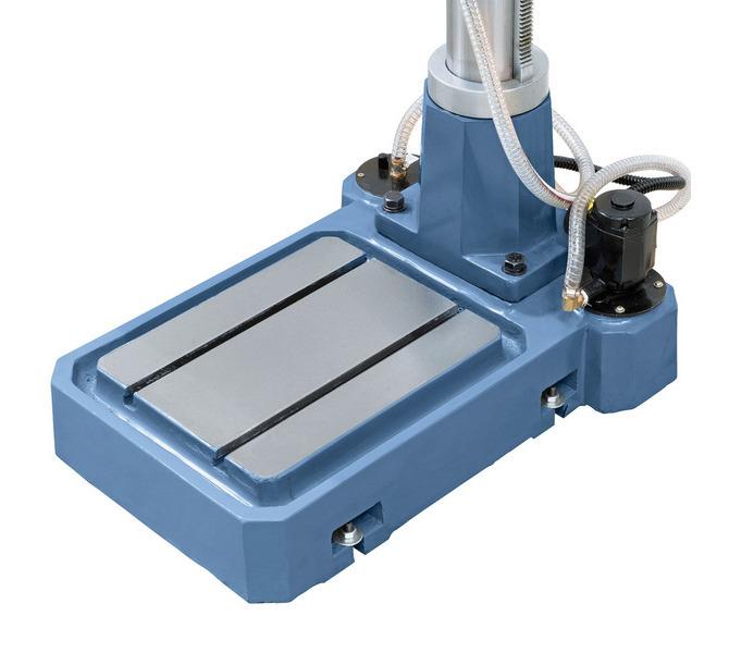 Precyzyjnie wykończona płyta dolna maszyny, w wyposażeniu standardowym z wbudowaną  pompą czynnika c... 61 - zdjęcie 4