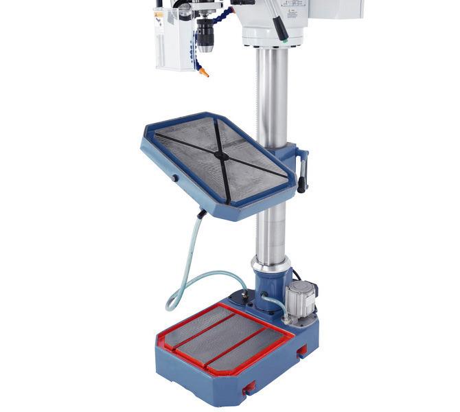 Der massive Arbeitstisch mit diagonal verlaufenden T-Nuten ist von -45° bis +45° schwenkbar. - 98 - zdjęcie 3