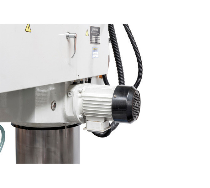 W wyposażeniu standardowym silnik hydrauliczny zaciskający wysięgnik i wrzeciennik wiertarski - 112 - zdjęcie 5