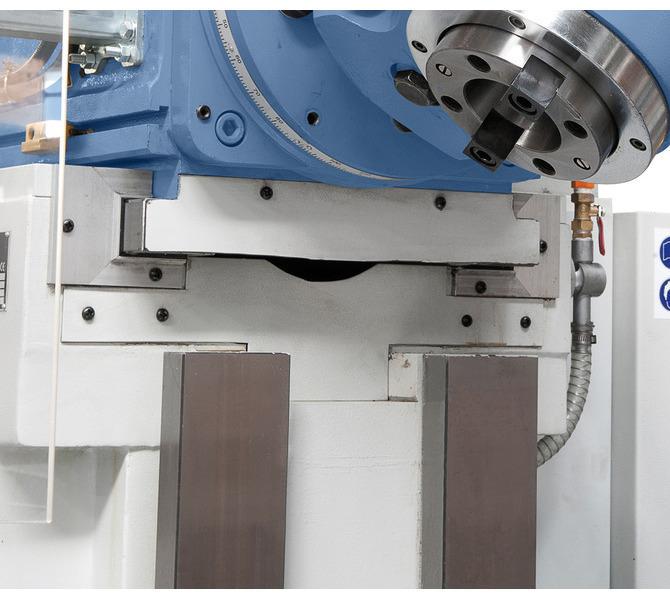 Prowadnica prostokątna w osi y i z dzięki dużym wymiarom zapewnia dobrą stabilność. - 240 - zdjęcie 7