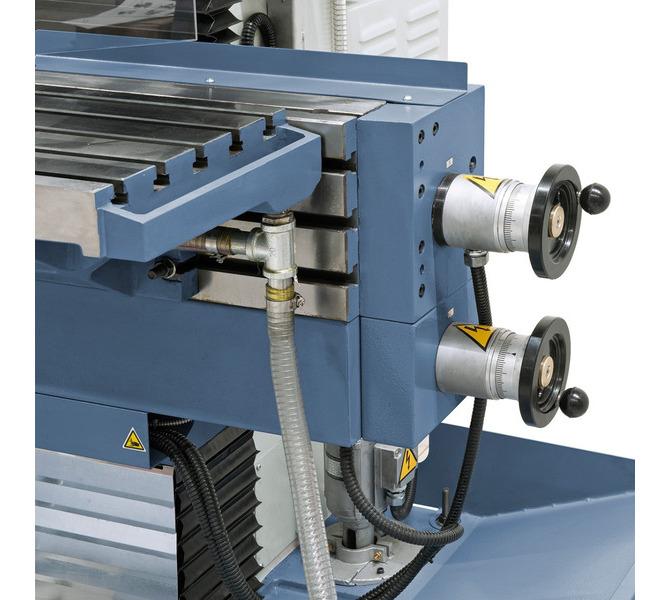 W wyposażeniu standardowym z elektronicznymi pokrętłami do ręcznego posuwu w osi X, Y i Z. - 265 - zdjęcie 5