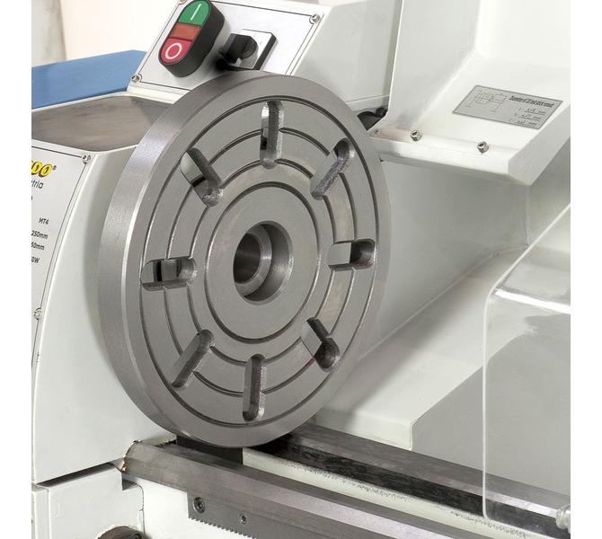 Do mocowania przedmiotów  obrabianych o nietypowych  kształtach maszynę można  wyposażyć w tarczę ... 323 - zdjęcie 8