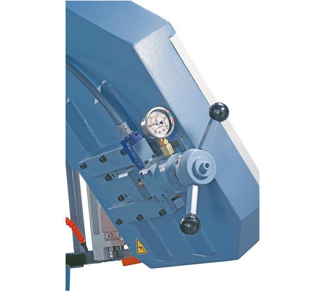 W wyposażeniu standardowym manometr do optymalnej regulacji naciągu piły taśmowej.  - 463 - zdjęcie 3