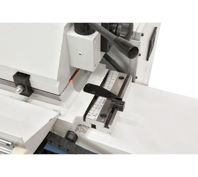 Doszlifowaniastożków między kłami stół można odchylać w zakresie od +3° do -9°. - 618 - zdjęcie 4