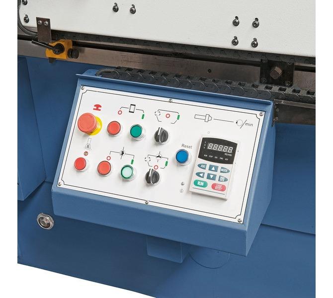 Przyjazne użytkownikowi rozmieszczenie elektronicznych elementów kontrolnych - 624 - zdjęcie 9