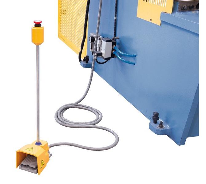 Separates Fußpedal mit integriertem Not-Halt-Taster. - 941 - zdjęcie 9