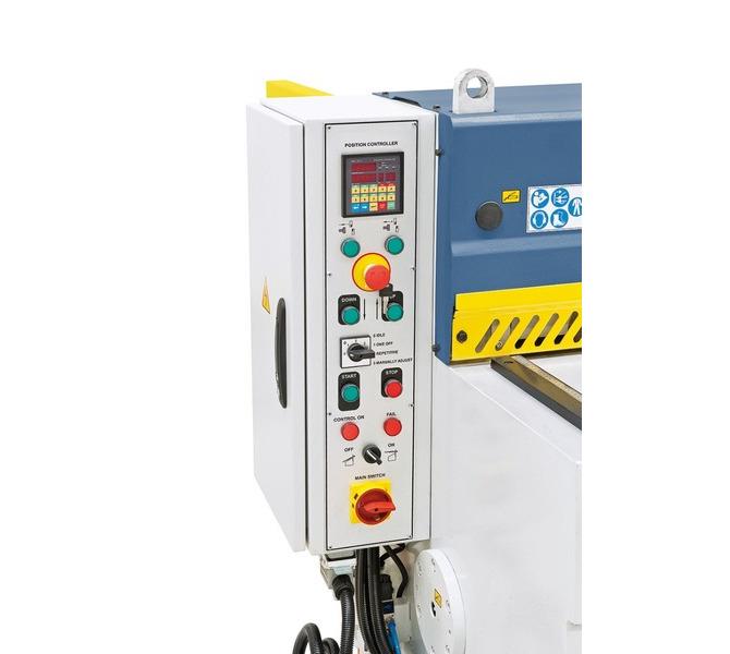 Alle Schalt- und Bedienelemente im übersichtlich aufgebautem Bedienpaneel integriert. - 950 - zdjęcie 7