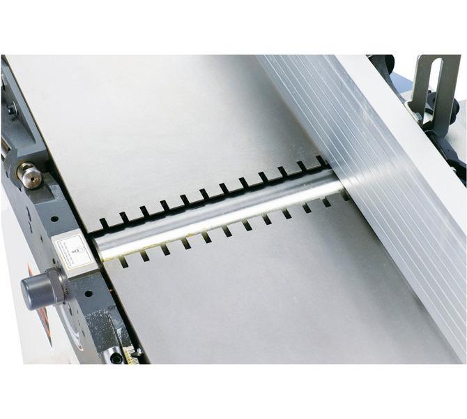 Specjalnie zaprojektowane szczeliny w stołach znacząco redukujące poziom hałasu - 1191 - zdjęcie 9