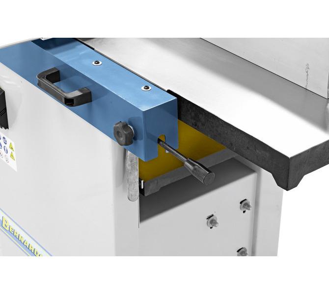 Szybkie i łatwe ustawianie żądanego odciągu wiórów maks. do 3 mm. - 1200 - zdjęcie 6