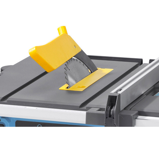 Łatwiejsze prowadzenie przedmiotu obrabianego dzięki wychylnej w lewo tarczy pilarskiej. - 1271 - zdjęcie 7