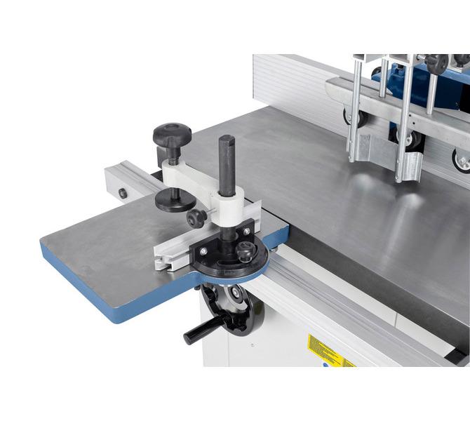 W wyposażeniu standardowym stół rolkowy pomaga w obróbce dużych przedmiotów. - 1340 - zdjęcie 3