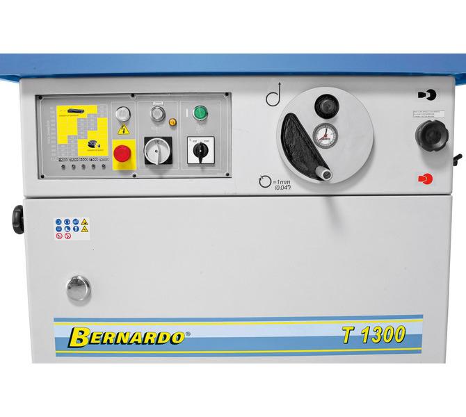Wszystkie elementy sterujące umieszczone z przodu maszyny - 1350 - zdjęcie 9