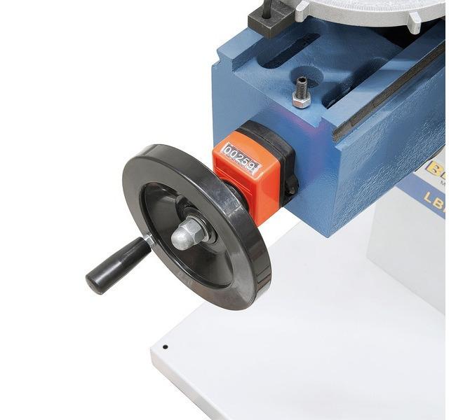 Łatwa regulacja wysokości stołu roboczego za pomocą koła ręcznego. - 1360 - zdjęcie 6
