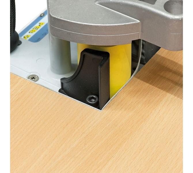 Standardowo z płytą prowadzącą do mocowania materiału obrzeży w narożnikach. - 1553 - zdjęcie 4