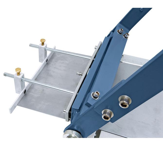 W wyposażeniu standardowym z ogranicznikiem tylnym 210 mm, idealny do pracy seryjnej. - 5621 - zdjęcie 3