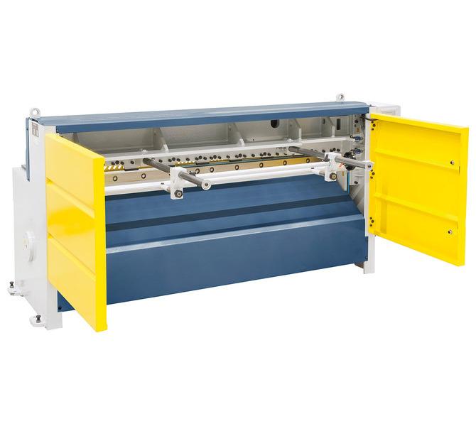 W wyposażeniu standardowym z ogranicznikiem tylnym, idealny do pracy seryjnej. - 5696 - zdjęcie 3